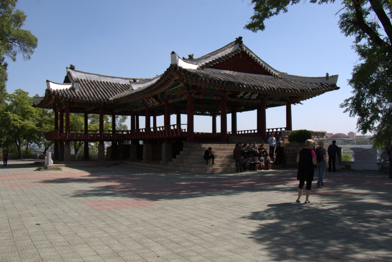 Taedongmun-02